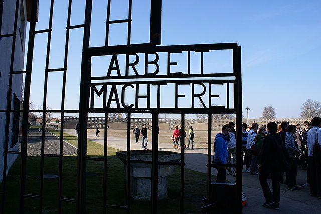 Sachsenhausen Arbeit Macht frei
